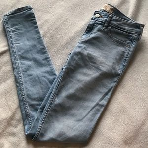 Hollister Classic Girls Super Skinny Jean